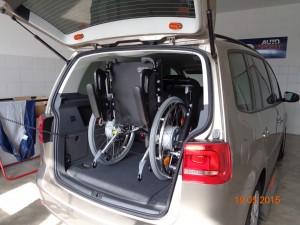 Rollstuhl vollständig verladen